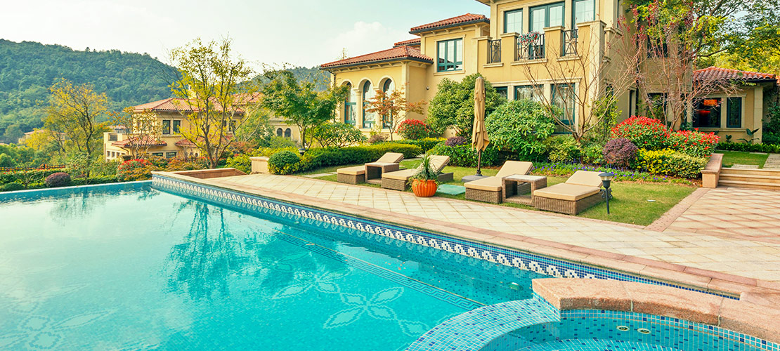 How Much Will a Swimming Pool Increase the Value of a Home?